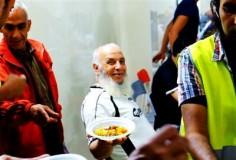 A Catania la moschea aiuta gli italiani poveri