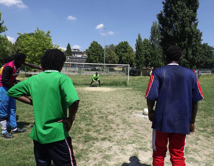 Dall'Africa alla Valtiberina aggrappati a un pallone: così nasce il sogno del Real de Banjul