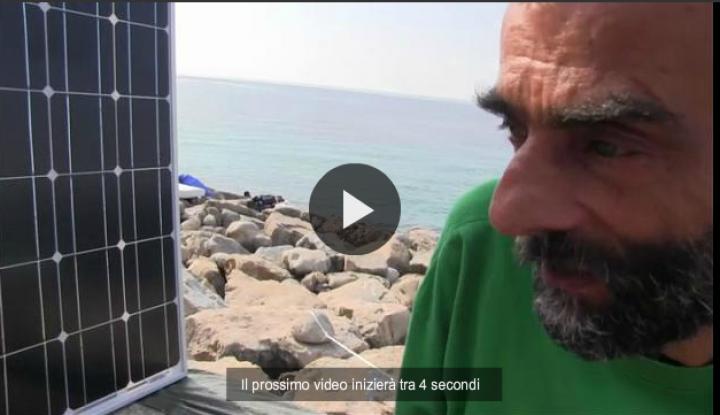 Ventimiglia, un contadino costruisce pannello solare: migranti in coda per ricaricare i cellulari