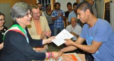 L'esperienza di Ilaria che insegna italiano ai migranti