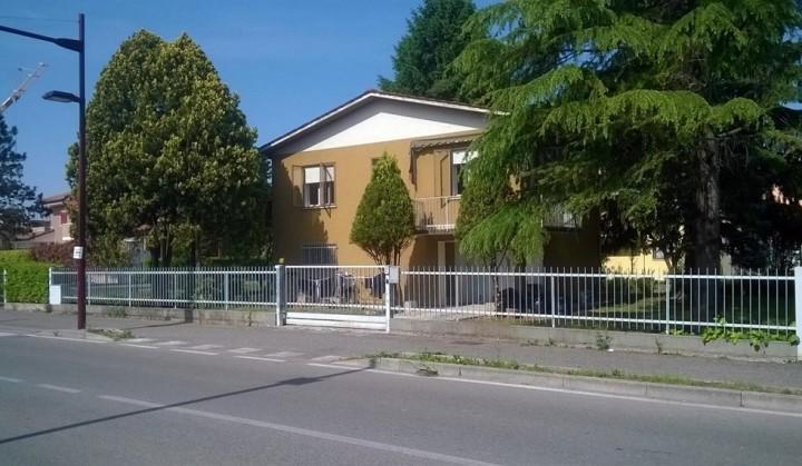 Padova: vede gli sbarchi e i morti in tivù,  a 90 anni dà la casa ai profughi
